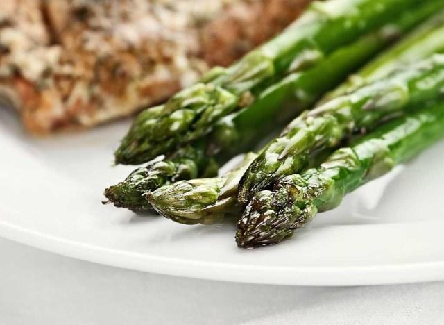 Cooked aspragus