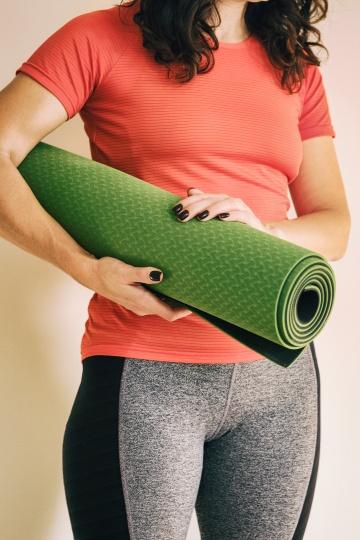 buying a yoga mat